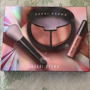 New  Bobbi Brown Lipstick Bronzer Set